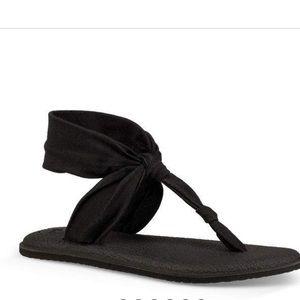 Sanuk yoga thong sandals